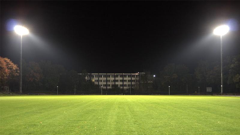 How stadium lights to reduce light pollution